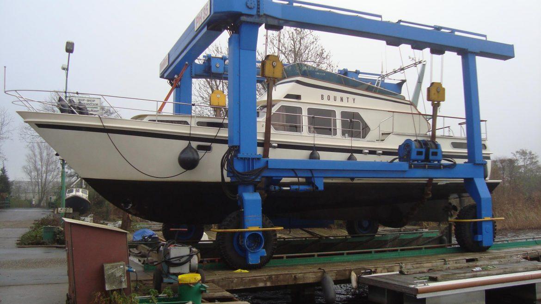 Boot kranen Vinkeveen